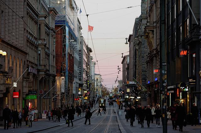 La nuit tombe sur Helsinki