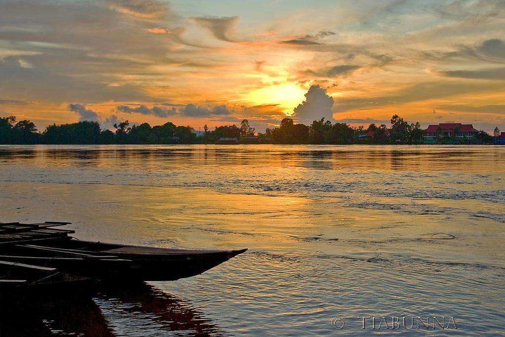 Sunset on the Mekong