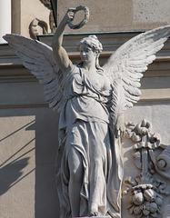 2 (9)...austria vienna statue