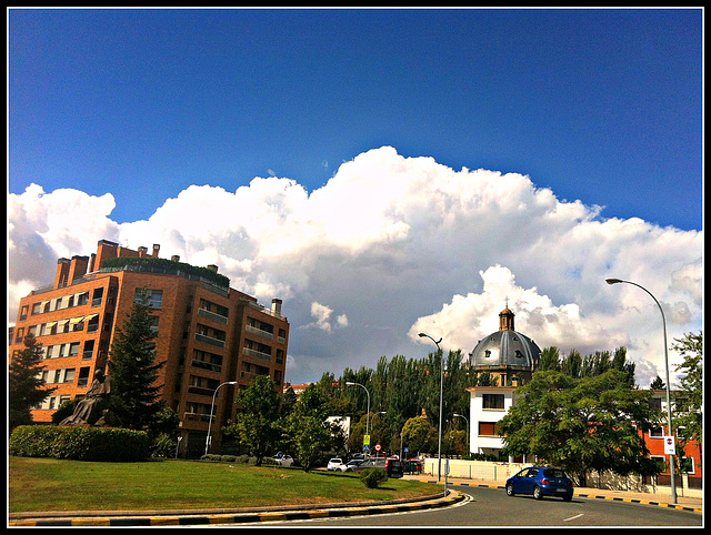 Nubes sobre la ciudad 5