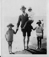 Grandpa Sadler, Mum, Peter & Val in 1926