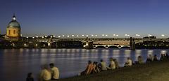 TOULOUSE, la Garonne un soir d'été.