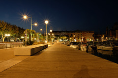 SAINT-RAPHAEL: Le port by night
