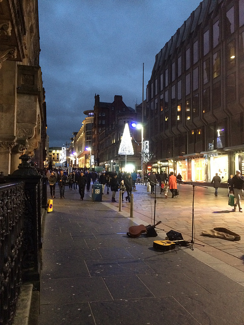 Glasgow's streets on a wet January 3rd afternoon...Buchanan Street