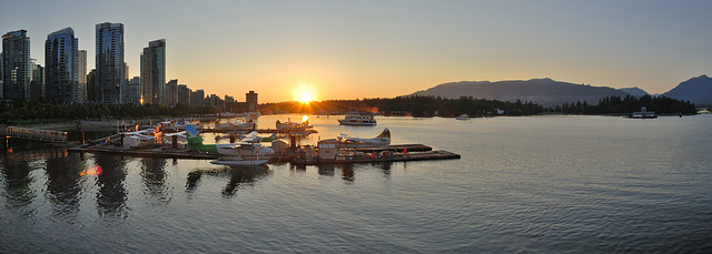 Sunset @ Coal Harbour Vancouver