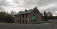 Ancien moulin à farine / Former grist Mill