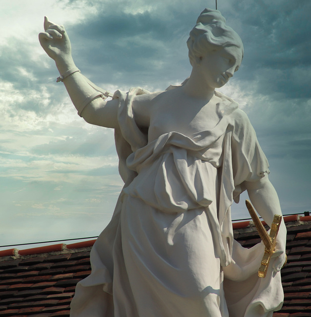 2 (15)...austria vienna...statue