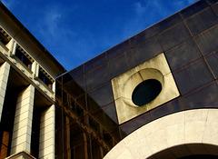 """""""La Arquitectura debe hablar de su tiempo y lugar, pero anhelan eternidad"""", Frank Gehry"""
