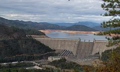 Shasta Dam, lake, and mountain  (1120)