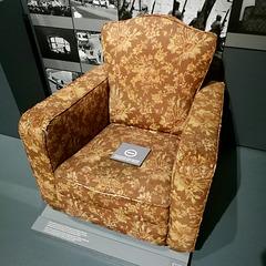 Lisbon 2018 – Museu da Guarda Nacional Republicana – Chair used by Marcelo Caetano during the Carnation Revolution