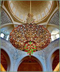AbuDhabi : il mega lampadario Svarowki della moskea di  Sheikh Zayed