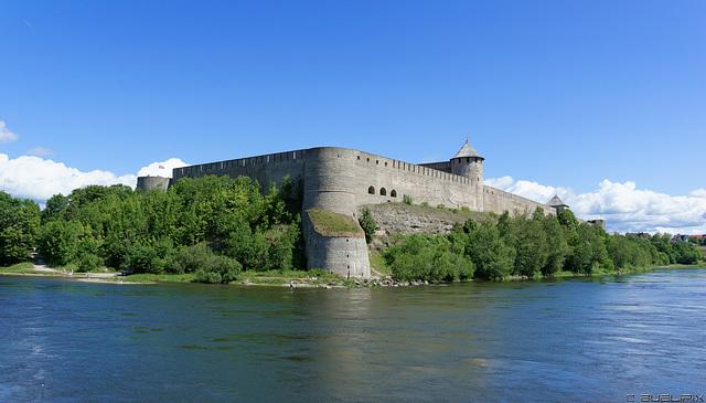 Festung Iwangorod - Russische Föderation(© Buelipix)