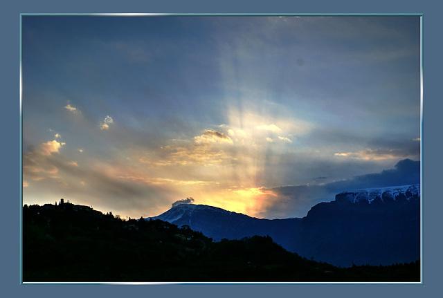 Erste Sonnenstrahlen... ©UdoSm