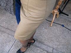 Au fil de ses talons hauts..../ Wire and high heels