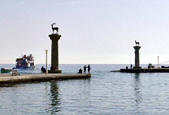 Le port de Mandraki