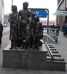 Berlin Friedrichstrasse Kindertransport memorial (#0083)