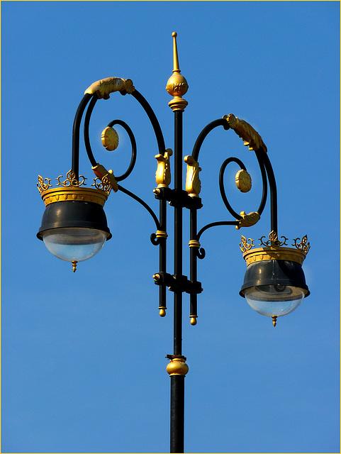 Lampione con oro (132)