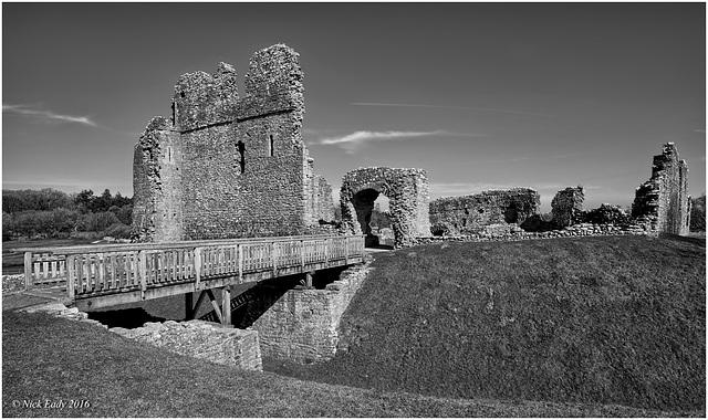 Ogmore Castle Mono