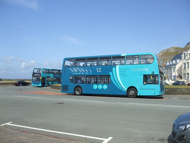 DSCF0087 Arriva Cymru CX14 BXN and CX14 AZN