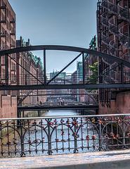 Bridges / Brücken (090°)