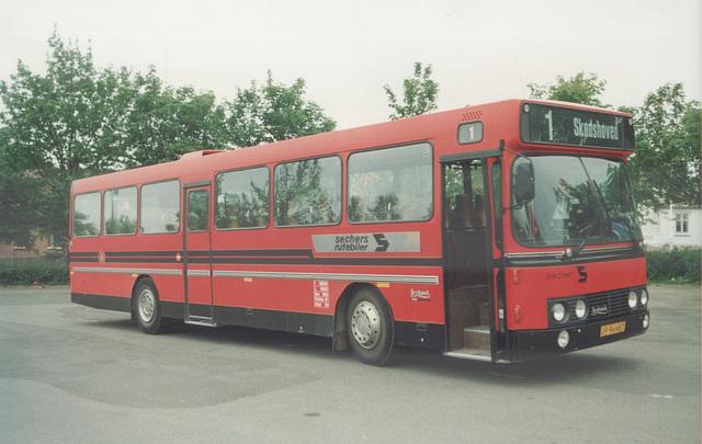 Sechers Rutebiler 4 (JP 94 487) at Knebel - 2 June 1988 (Ref: 69-06)