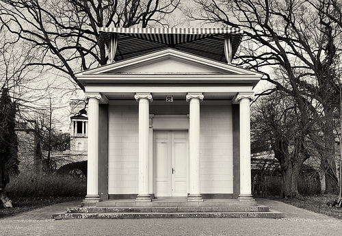 Pomonatempel auf dem Pfingstberg // pavillon-00286-co-07-03-16sw