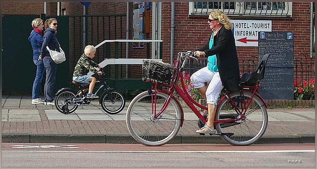 fietsen in Volendam