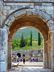 Ephesus - L'arco di Mitridate - (466)