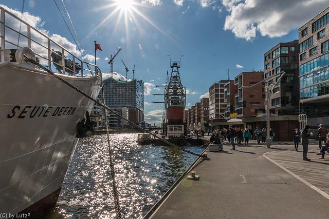Veteran Ship Harbor - Traditionsschiffhafen (255°)