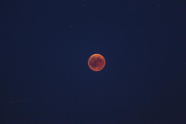 Mondfinsternis blutig