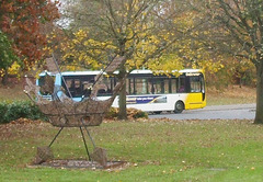 DSCF0266 Galloway Coach Travel Plaxton Centro and the St. Edmund's Crown - 7 Nov 2017
