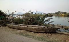 Pirogue laotienne