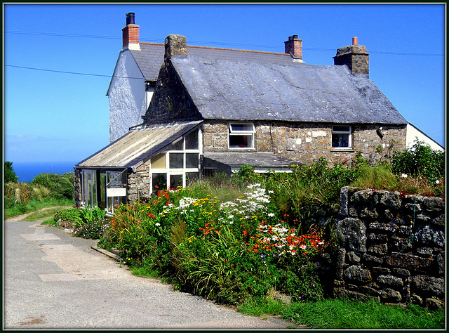 Cornish farmhouse (and of course Cornish cream teas and b&b)