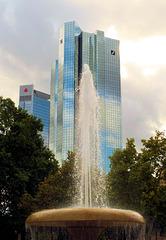 Frankfurt am Main: Vor der  Alten Oper (PiP)