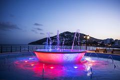 Fuente junto al mar. Sta. Eulalia (Ibiza)