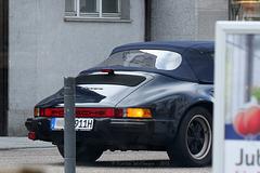*grrrrr* I - Porsche 911