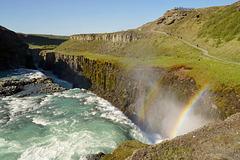 Der untere Teil von Gullfoss mit Regenbogen - The lower part of Gullfoss with rainbow
