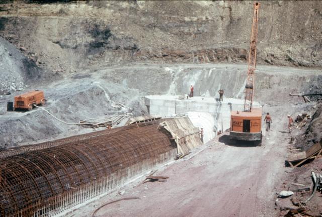 Treeton Surface Drift construction July 1977