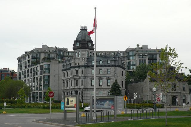 Rue De La Commune Ouest