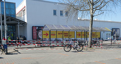 Corona-Virus Sicherheitsmaßnahmen am REAL-Markt in Teltow