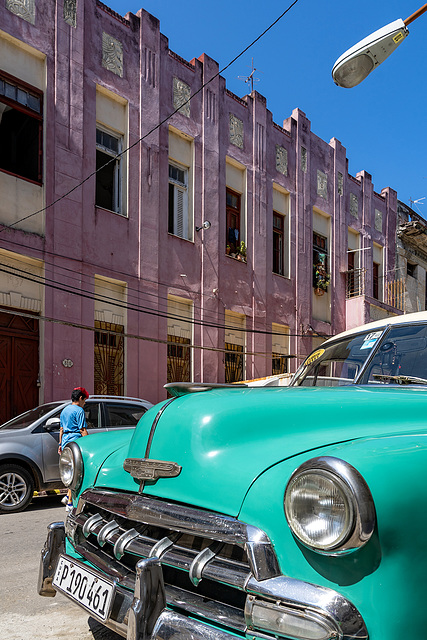 colors - buildings and cars