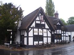 White Lion Inn (1614).