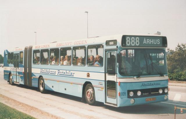 Abildskou 101 (JJ 91 993) (Trailer carried a different licence plate KP 44 76) at Ebeltoft (Ref: 67-29)