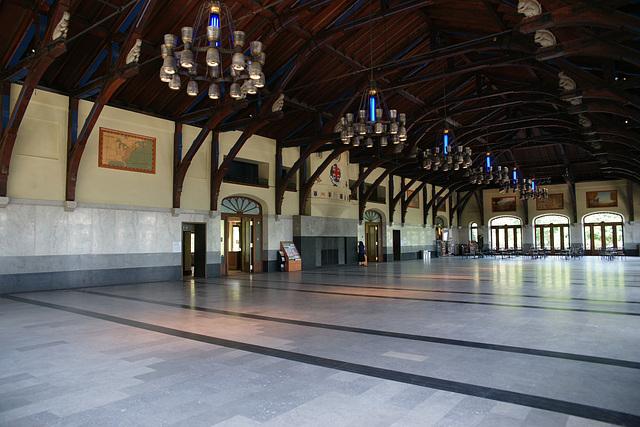 Mont Royal Chalet Interior