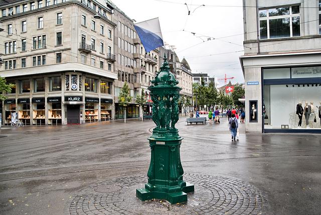 Brunnen aus Paris Zürich