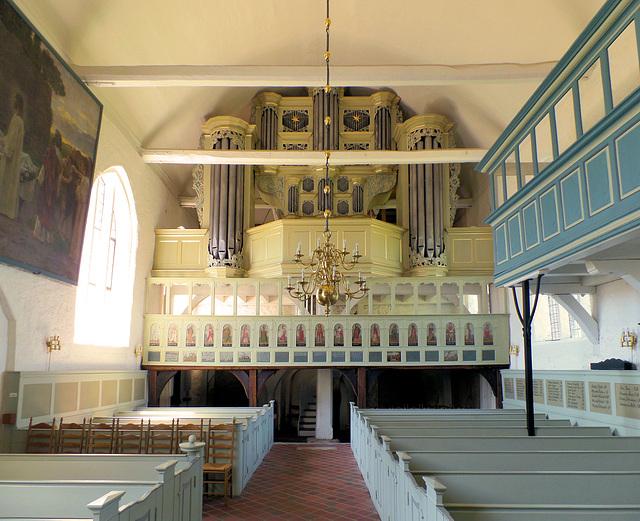 Orgel der Kirche in Mittelnkirchen