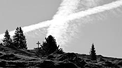 Das Kreuz über dem Kreuz