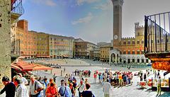 Siena. Piazza del Campo. ©UdoSm