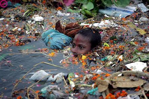 Citarum, une immense poubelle (Indonésie)