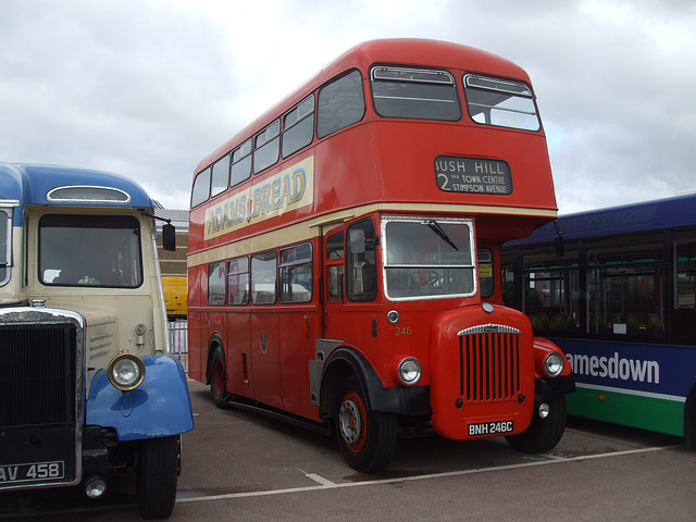 DSCF4720 Northampton BNH 246C - 'Buses Festival' 21 Aug 2016